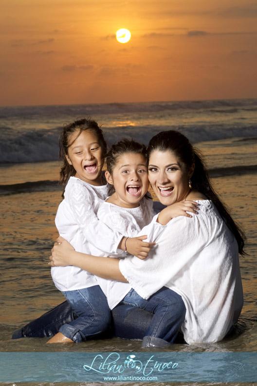 Retratos familiares en playa elblogdelilian for Apartahoteles familiares playa